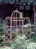 3 section trellis